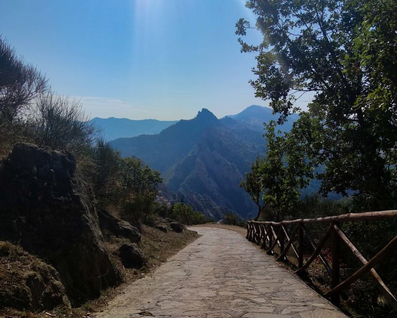 hiking in Castelmezzano