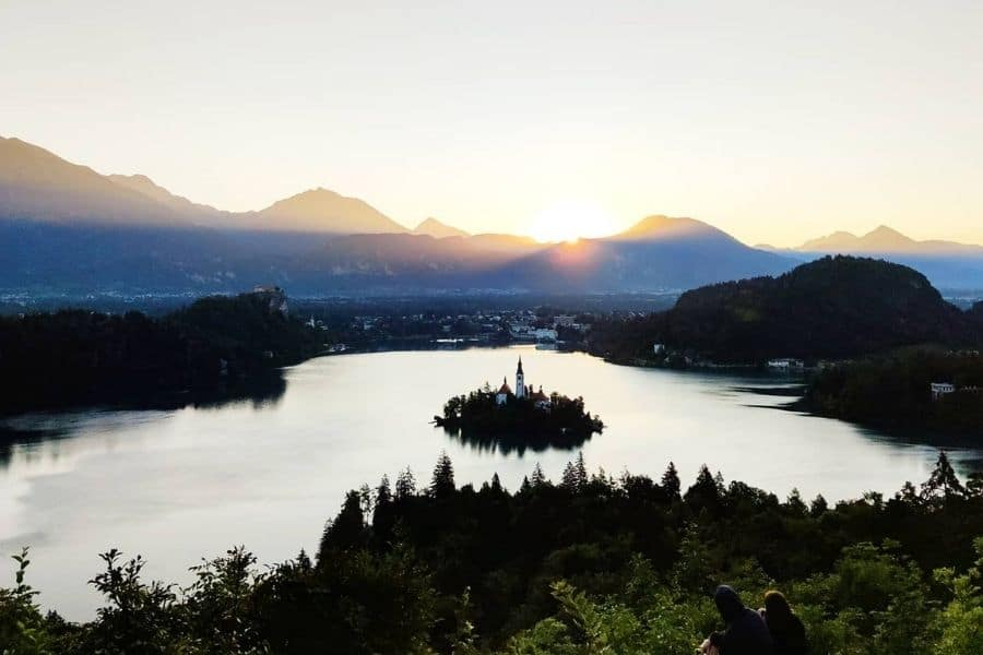 backpacking slovenia travel guide