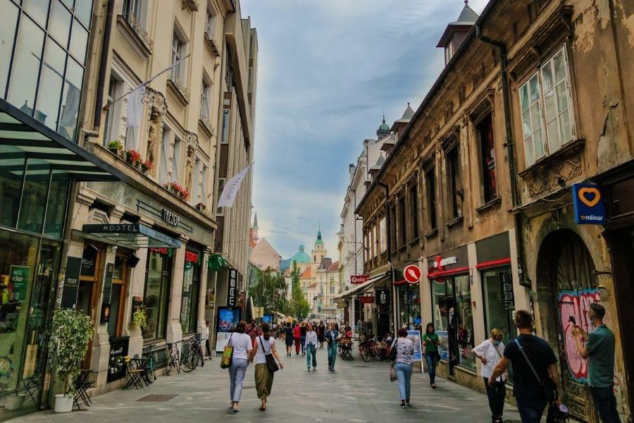 ljubljana travel guide. backpacking slovenia travel guide