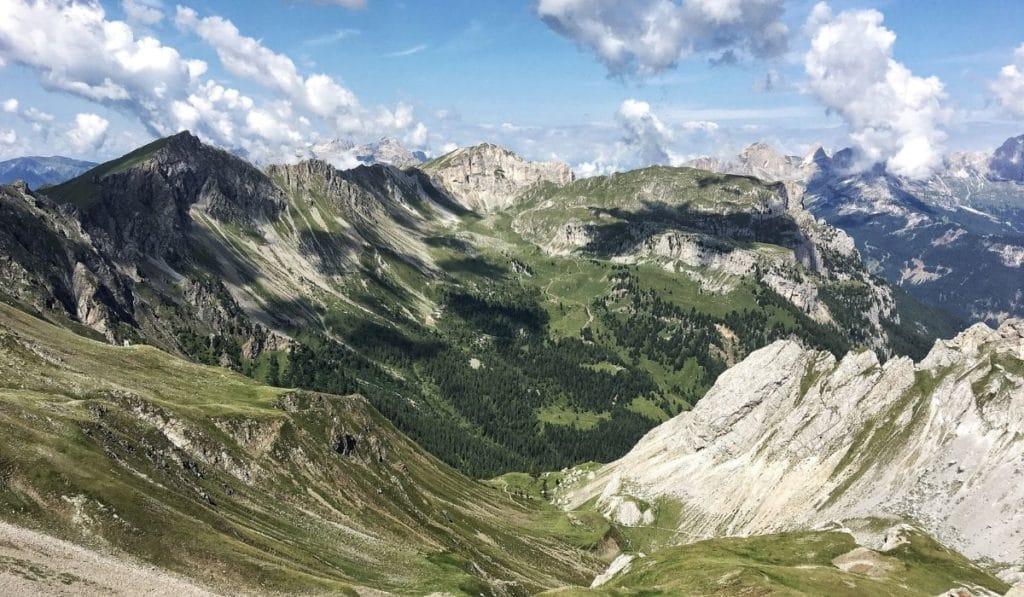 Alta Via dei Monzoni hike